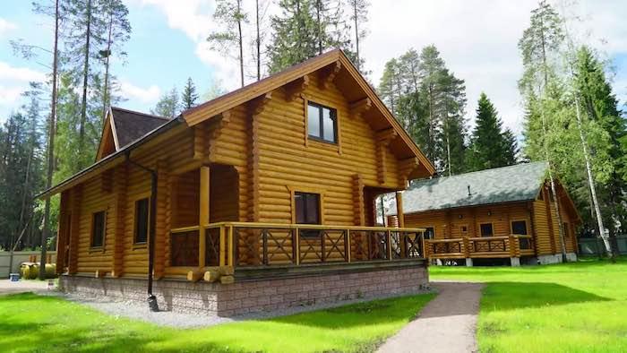 Снять дом в Ленинградской области для больших компаний