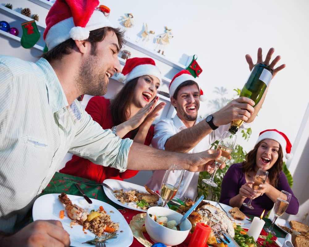 Кто в коллективе решает, где провести Новогодний праздник